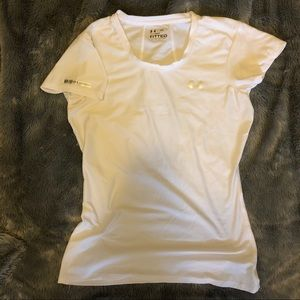 UNDER ARMOUR white heat gear fitted shirt